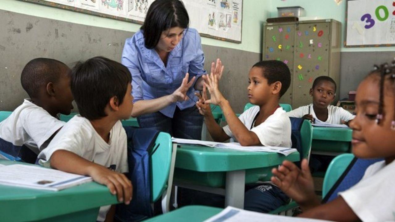 El COVID-19 pone en riesgo la alfabetización mundial: más de 773 millones de personas no saben leer ni escribir