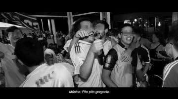 """El impactante vídeo en blanco y negro de Sanidad para concienciar a los jóvenes del coronavirus: """"Pito, pito..."""""""
