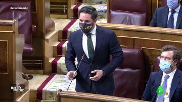 Vídeo manipulado - Esta es la primera vez que Abascal cede a las órdenes de Sánchez en el Congreso
