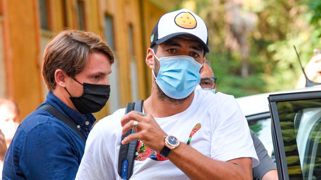 Luis Suárez, tras realizar el examen de italiano