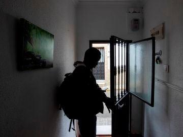 La Fiscalía de Madrid culpa a algunos políticos del clima tóxico contra los menas