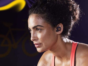 Auriculares inalámbricos para escuchar música con el móvil.