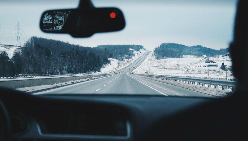 ¿Cuál debe ser la temperatura adecuada de tu coche en invierno?