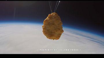 Imagen del primer nugget de pollo en el espacio