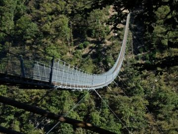 Puente tibetano Carasc