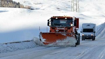 La conducción con hielo es una de las más peligrosas