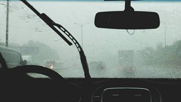 La falta de visibilidad por el cristal empañado impide la conducción
