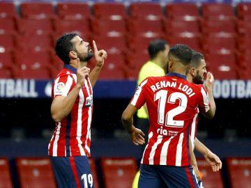 Diego Costa celebra un gol