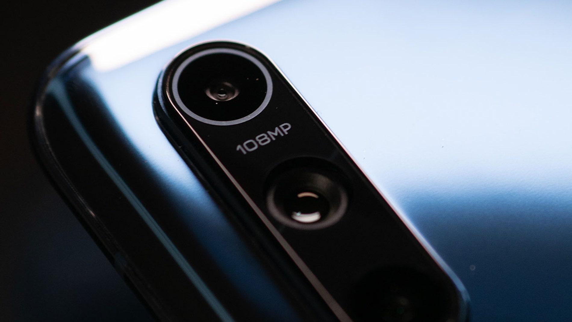Móvil con cámara de 108 megapíxeles