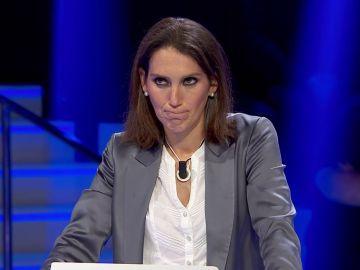 Luján Argüelles 'pilla' a Merche 'copiando' a un compañero y acaba eliminada del concurso por unanimidad