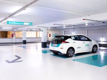 El servicio está disponible en todos los aparcamientos que tengan puntos de recarga disponibles
