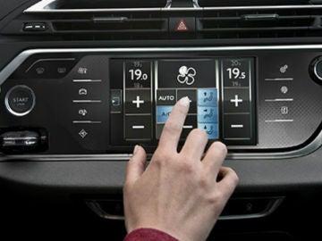 Es importante controlar la temperatura dentro del vehículo