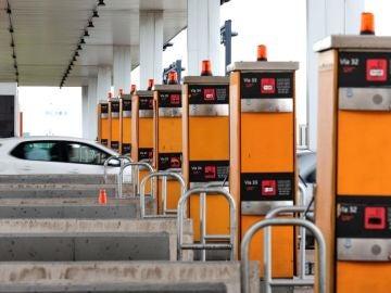 El Gabinete: ¿Cuál es el sistema de pago más adecuado para mantener las autopistas?