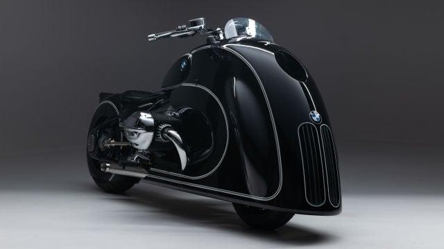 BMW R 18 Custom Bike