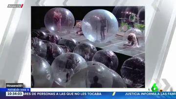 Concierto entre burbujas: la propuesta de 'The Flaming Lips' para la vuelta a los escenarios en la pandemia