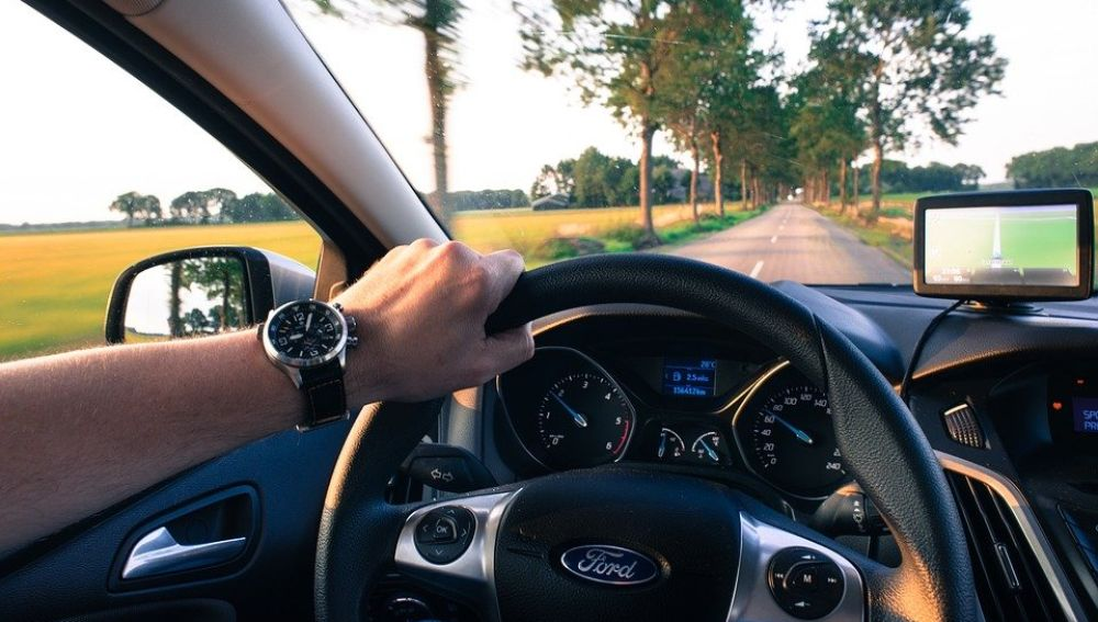 Conducir por la carretera