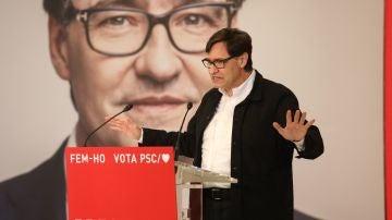 El candidato del PSC a las elecciones catalanas, Salvador Illa, durante un mitin telemático en Salou (Tarragona).