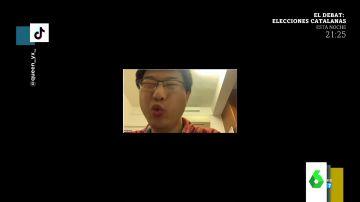 La reacción viral de un profesor cuando sus alumnos le confiesan que llevaba dos horas con el micrófono apagado