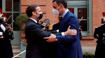 Pedro Sánchez y Emmanuel Macron, durante su cumbre bilateral en Francia.