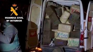 La Guardia Civil incauta más de 5.000 kilos de hachís y 230 kilos de cogollos de marihuana