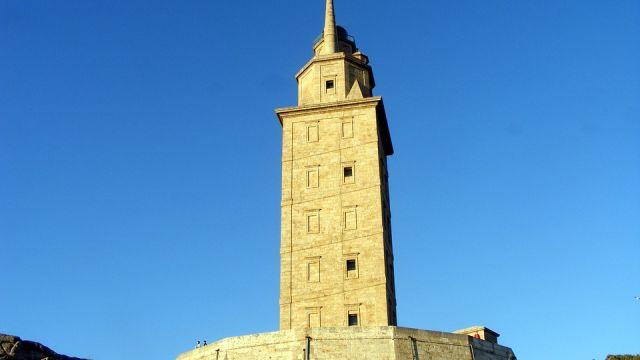 Torre de Hércules (A Coruña), en funcionamiento desde el S.II