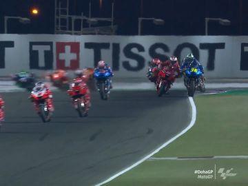 Jack Miller golpea a Joan Mir en plena recta en el GP de Doha