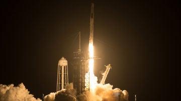 Despega la segunda mision tripulada de la NASA y SpaceX a la Estacion Espacial Internacional