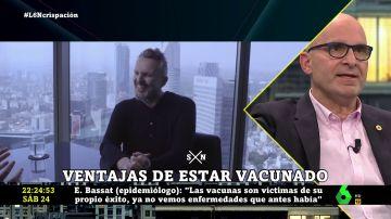 """La rotunda respuesta de López Guerrero a Miguel Bosé: """"Los negacionistas de su quinta han llegado a esa edad porque están vacunados"""""""
