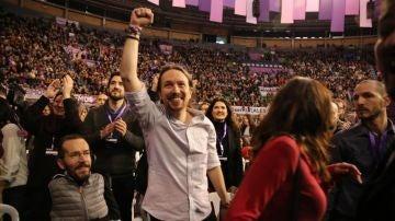 El líder de Podemos, Pablo Iglesias, en un encuentro con militantes en 2019