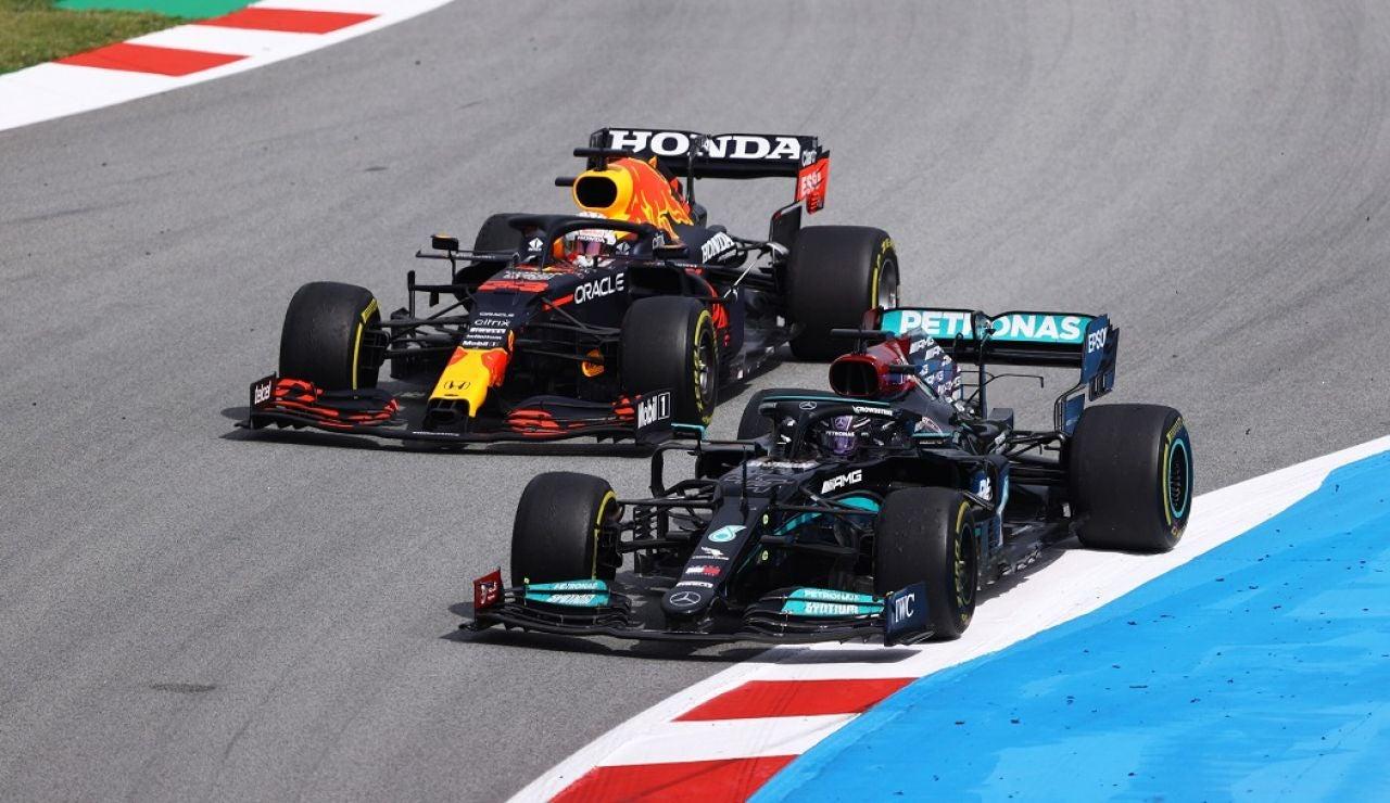 Tercera victoria de Hamilton
