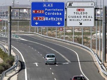 El Gobierno propone cobrar un peaje en las autovías y autopistas