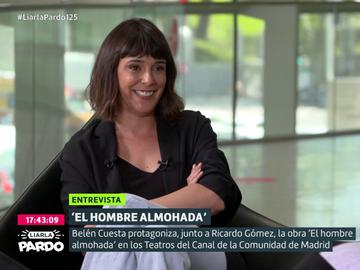 Belén Cuesta confiesa su aparatosa anécdota con un miembro de la monarquía cuando trabajaba en un bar con Javier Ambrossi