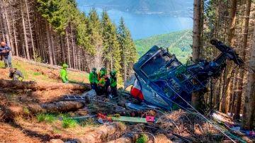 Imagen de la cabina del teleférico destrozada tras la caída