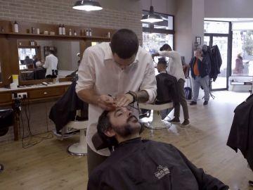 """La confesión de un peluquero que """"asusta"""" al jefe infiltrado: """"No tengo ni idea de hacerlo"""""""