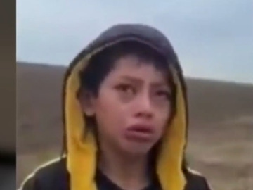 """El niño abandonado en la frontera de EEUU se reencuentra con su madre tras dos meses: """"Me siento feliz"""""""