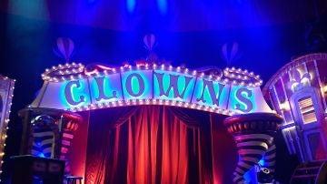 El escenario de 'Clowns' momentos antes de empezar la función