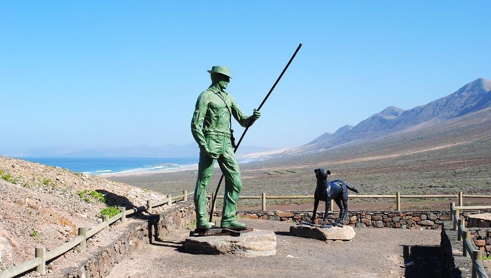 Estatua del pastor en Cofete