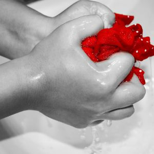 (NO PUBLICAR) Cómo lavar la ropa a mano y qué hacer para que huela bien