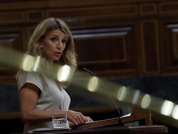 La ministra de Trabajo, Yolanda Díaz durante su intervención el pleno del Congreso de los Diputados.