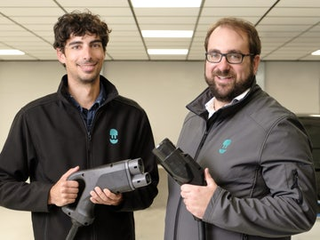 CPO Eduard Castañeda y CEO Enric Asunción, cofundadores de Wallbox.
