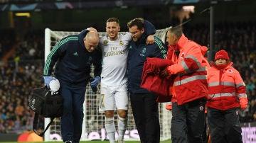 Eden Hazard cayó lesionado frente al PSG en noviembre de 2019 tras una dura entrada de Meunier