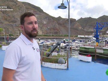"""El capitán del puerto enseña el lugar donde Tomás Gimeno deja su embarcación: """"Le aprecio dolorido, como con dolor en las costillas"""""""