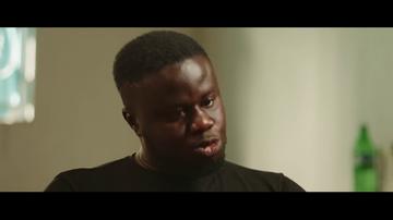 """""""Me tenía que justificar todo el tiempo, 'soy negro y puedo'"""": la terrible experiencia de un senegalés al comprar en España"""