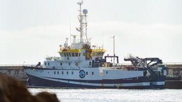El buque oceanográfico Ángeles Alvariño en el Puerto de Santa Cruz de Tenerife