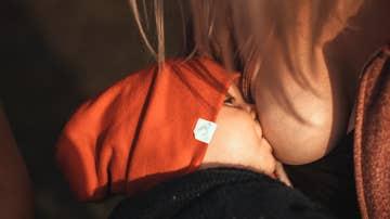 La leche materna de madres vacunadas o que ya hayan pasado el coronavirus contiene anticuerpos