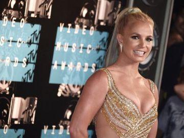 """Britney Spears quiere finalizar la tutela legal """"abusiva"""" que su padre ejerce sobre ella: """"Quiero mi vida de nuevo"""""""