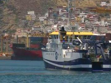El buque Ángeles Alvariño en Tenerife