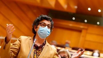 La ministra de Asuntos Exteriores, Arancha González Laya, interviene en la sesión de control al Gobierno celebrada este martes en el Senado.