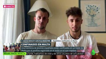 Hablan los españoles recluidos en Malta por un contagio en su vuelo