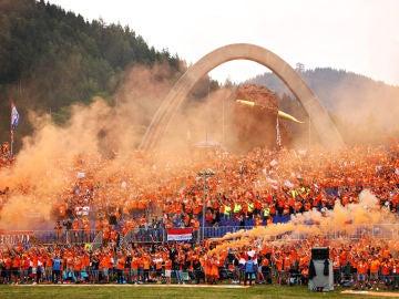 La marea naranja de Verstappen en Austria
